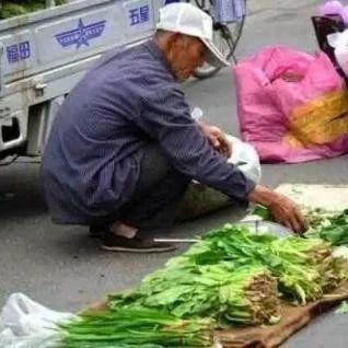 刚刚菜市场拍到的一幕,光山人快看!