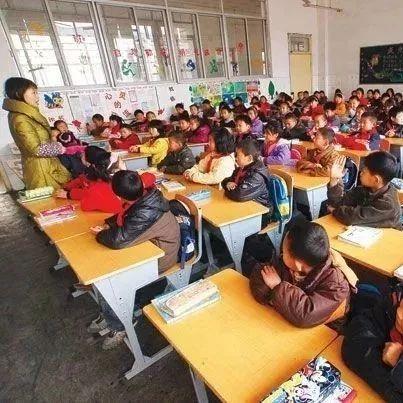 小学每班不超过45人,中学不超过50人!光山或将消除这些学校的超额现象...