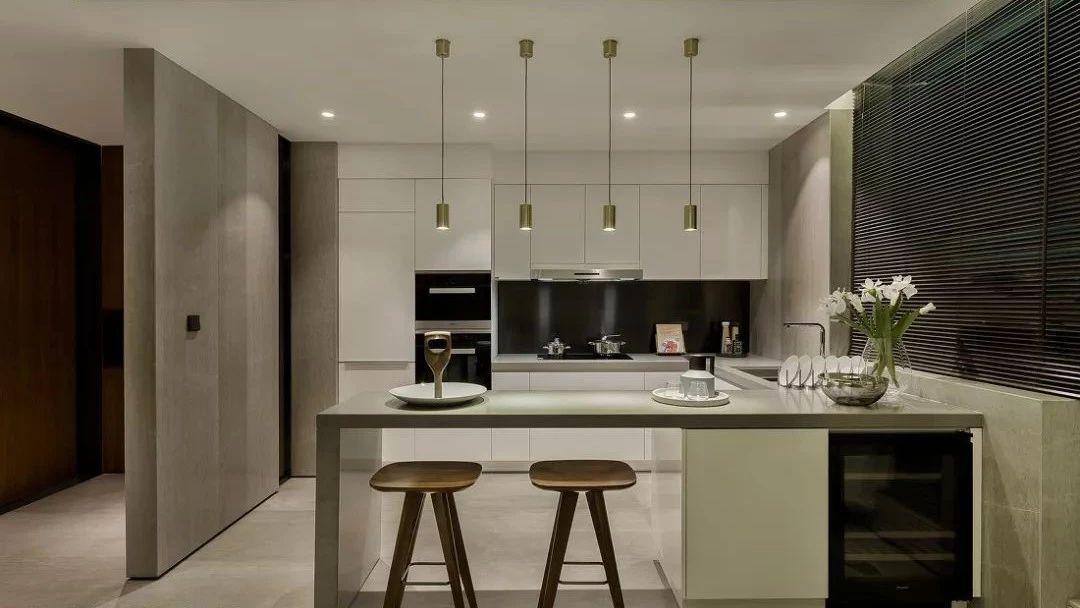 厨房这样装好看又实用,再也不担心难清洁了!