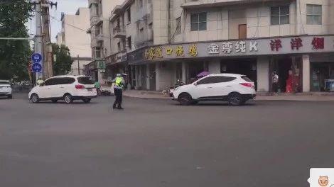 粉丝爆料:情人节新濠天地赌博网站街头最温馨的一幕!