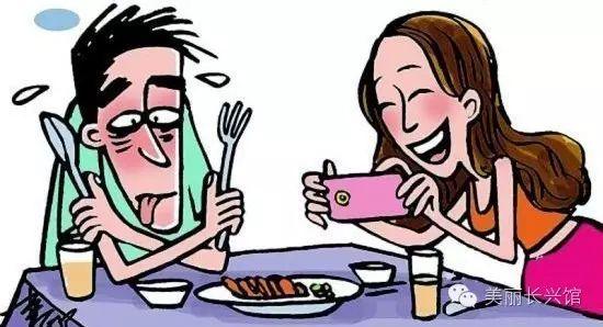 人物�蚱监l�@��美女,不上班,不��人,逼到老公拿起了菜刀......