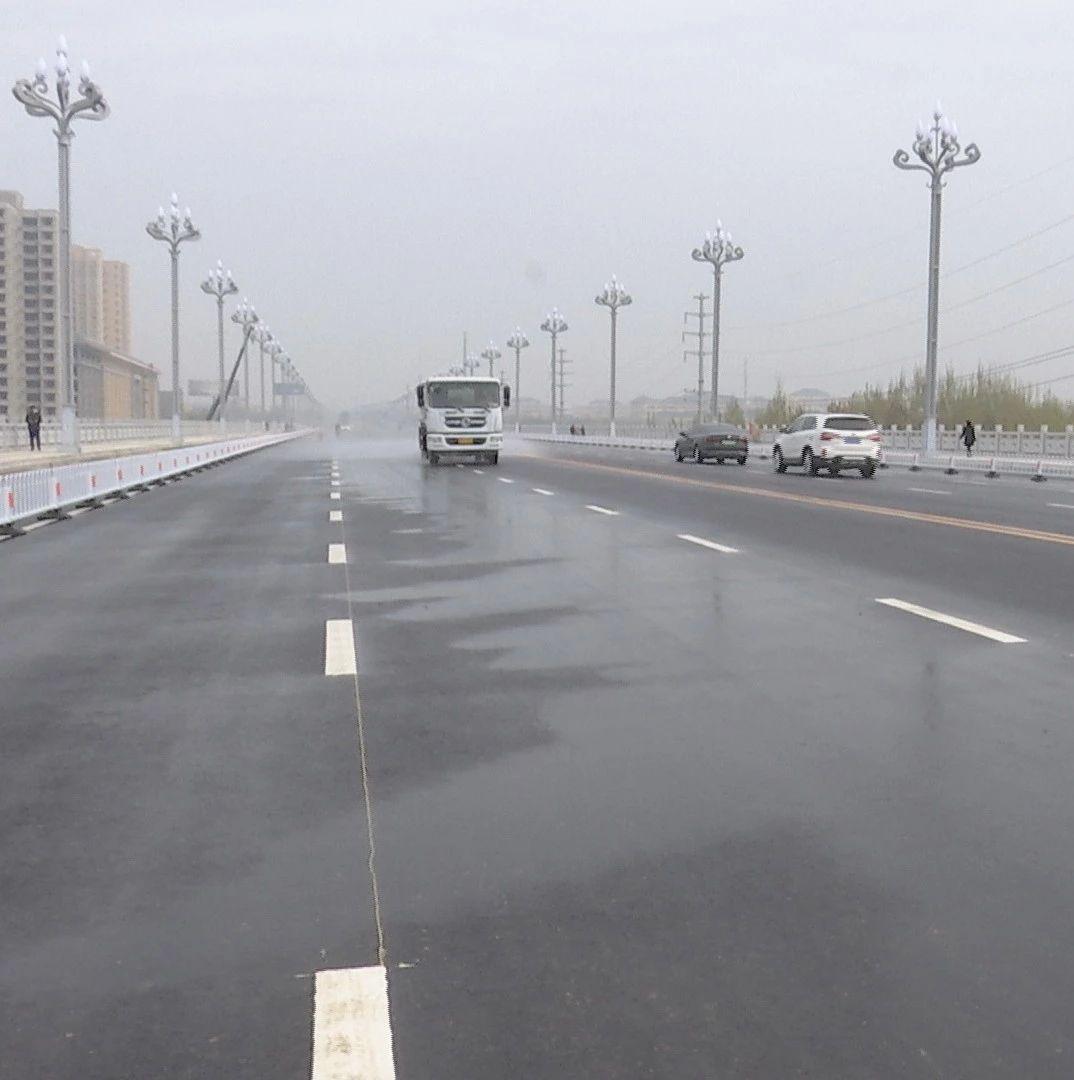 """【聚焦项目建设】温泉河""""两桥一路""""项目建设有力推进"""