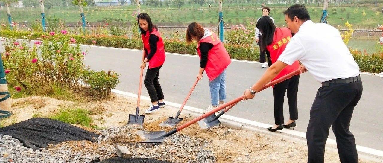 长葛市自然资源和规划局精心管护清��河岸再行动