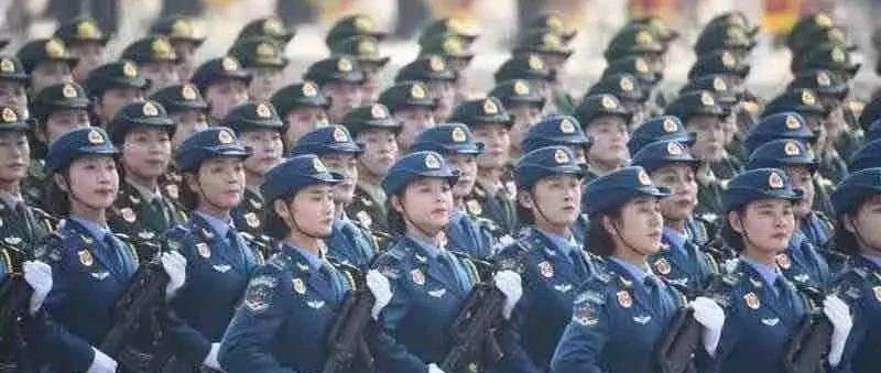 国庆阅兵女兵方队中有位邢台姑娘