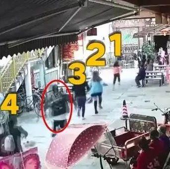 大长腿帅哥连超4人!绵阳退役武警狂奔几百米飞身擒贼!网友:小偷输在起跑线