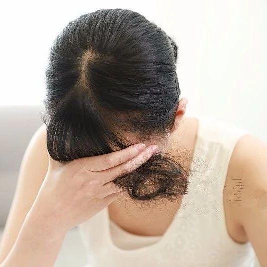21岁姑娘屡屡腹痛,检查结果令全家崩溃!妈妈大哭:你永远不会有孩子了