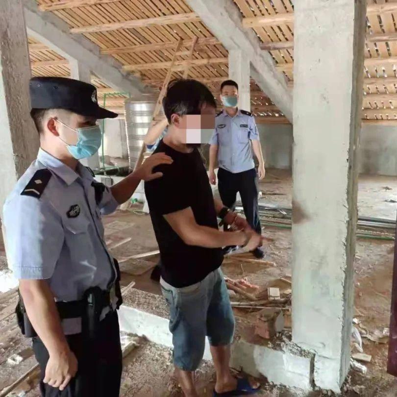 望江:犯罪嫌疑人何某某被依法刑事拘留