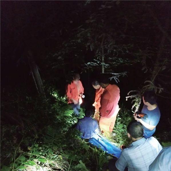 巴中一电力工人在树林中失联,半夜凌晨才被找到......