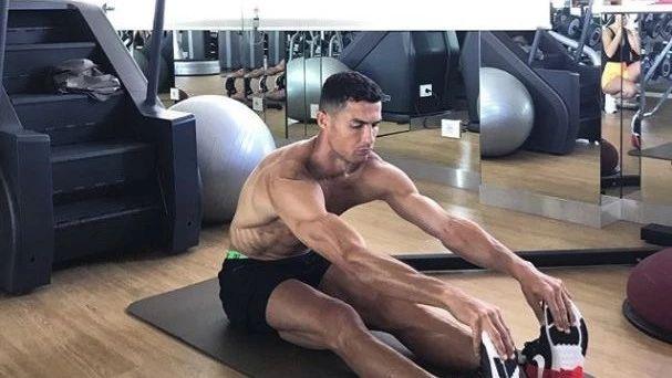 健身前后不拉伸,当心毁你运动人生!