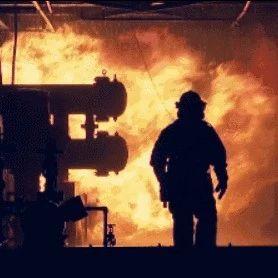 内江原创歌曲《逆行者》发布,逆行英雄消防员,对于你们,不止是致敬!