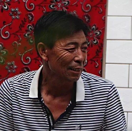 """花椒红了,涉县56岁""""花椒哥""""乐了!"""