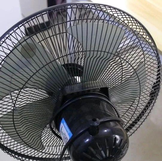 电风扇一个夏天全是灰,教你一招,省水省力,洗的跟新买的一样