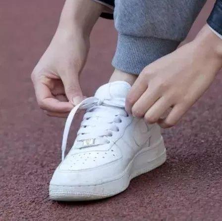 【实用】鞋带为什么总松开?终于有答案了!真不怪你...