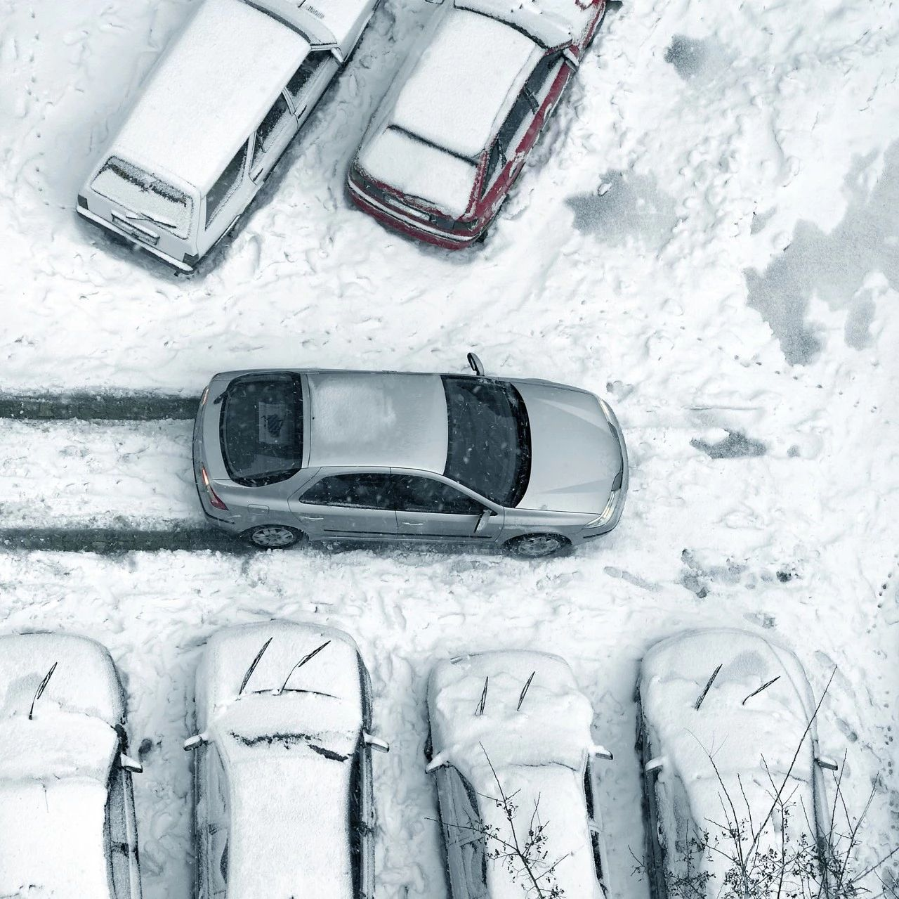 望江人必看:冰雪天怎么开车最安全?几个技巧拿走不谢!