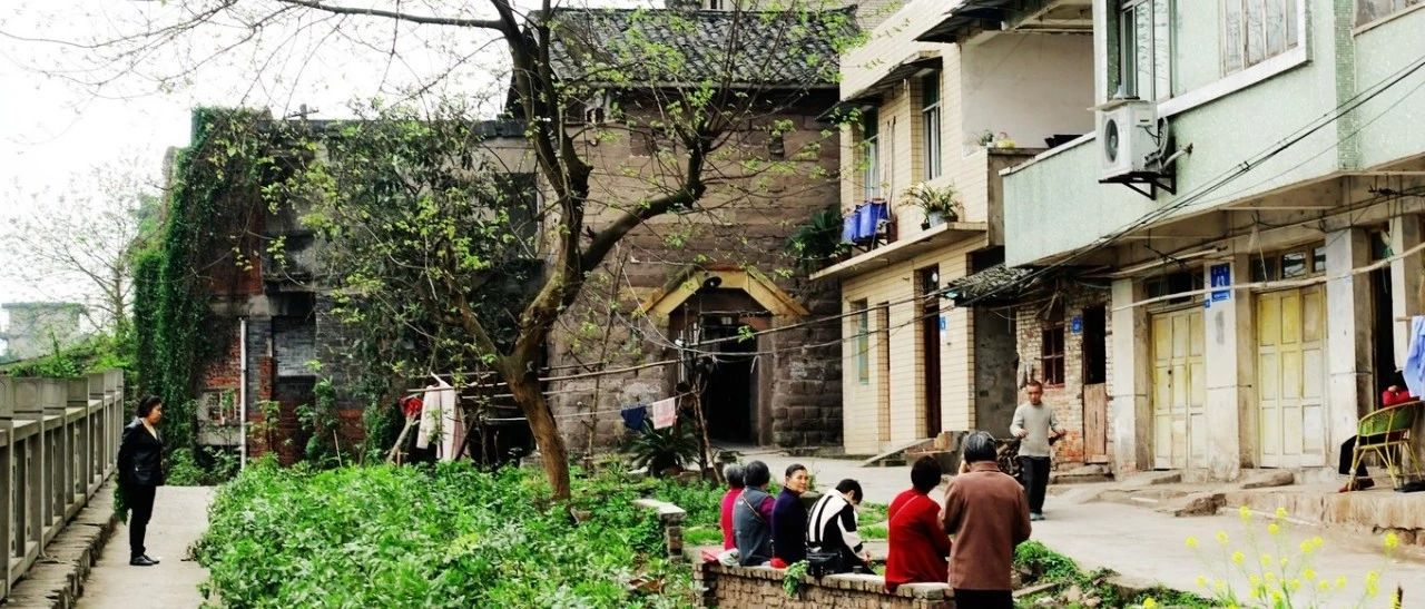 富顺滨江路违规搭建拆除,竟发现这么个历史文物保护的地方....