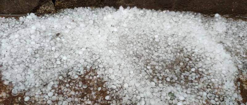 嵩县,下冰雹了!