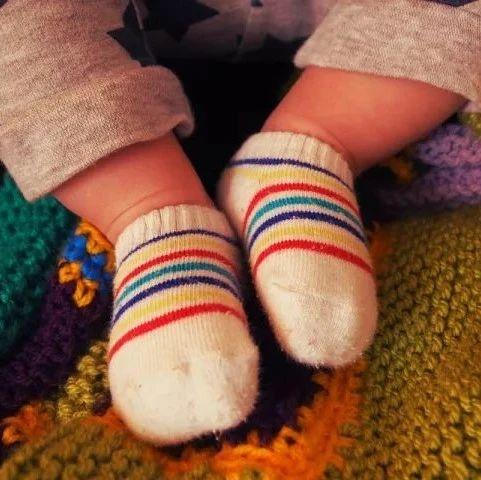 【健康】秋冬季节,再冷晚上也别穿着它睡觉!越穿越伤身!