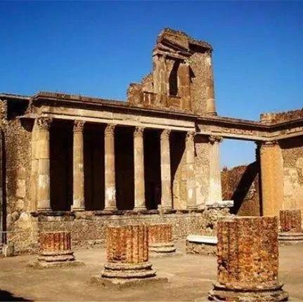 青海发现史前城市灾难遗址,曾被地震灭国,专家:4000年前的母爱