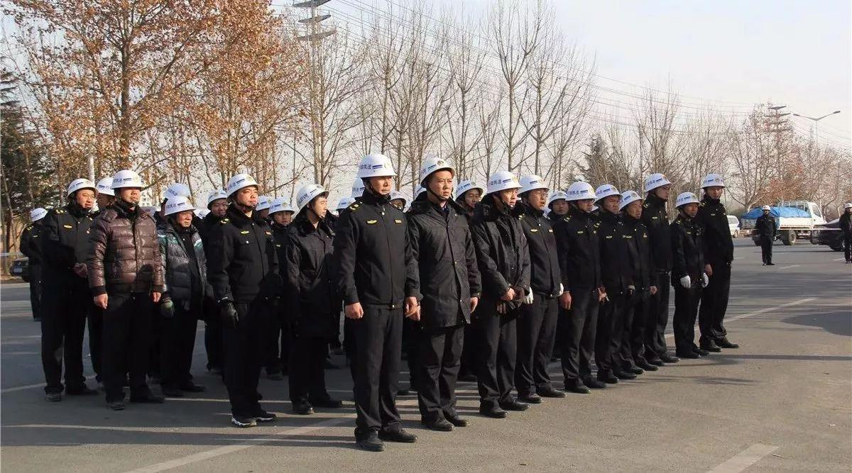 """阵阵""""轰隆""""声,400多人齐动手,莱西上海东路要大变样!"""