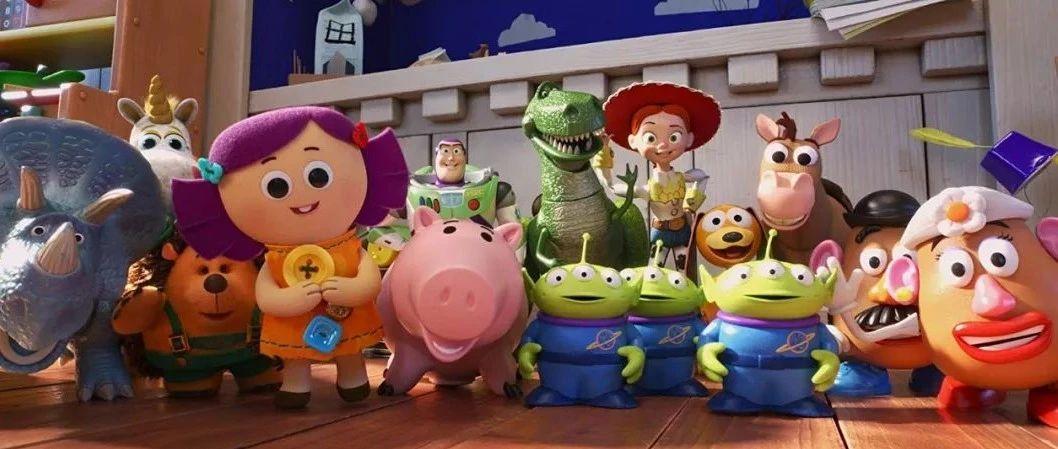 """【亲子动画】《玩具总动员4》导演乔什・库雷独家专访""""系列电影陪伴全世界观众成长,包括我自己"""