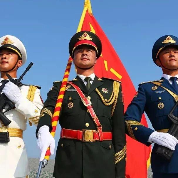 八一建军节 致敬!中国最可爱的人!