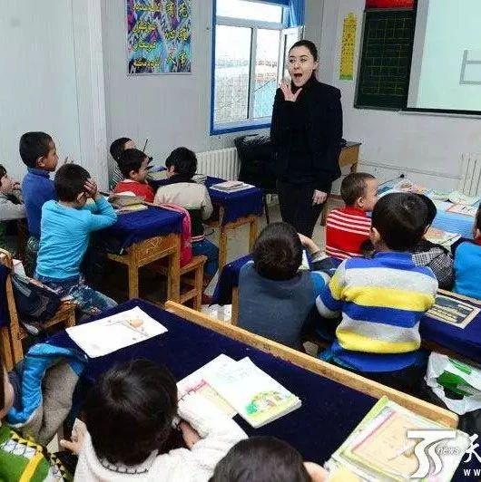 河南�M招15800名特��教��!每人每年�a助3.52�f