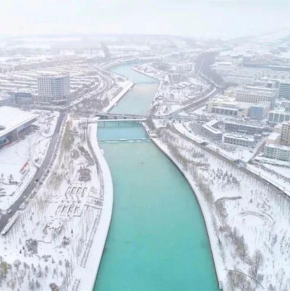 德令哈|�@�龆�雪浪漫了��c�h方的小城。