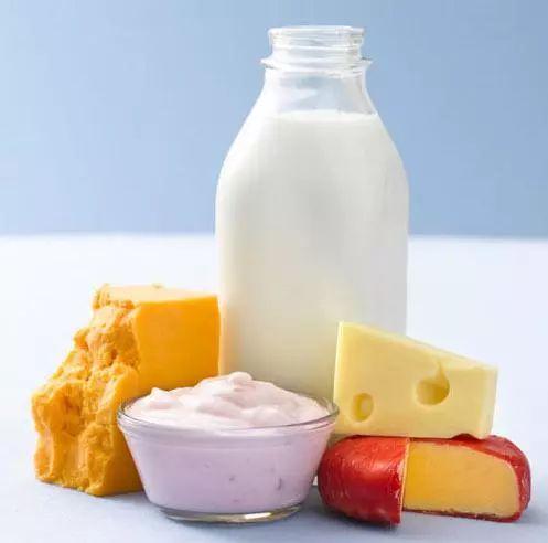 有�C奶、�脂奶、舒化奶…到底啥�^�e?看完��挑了
