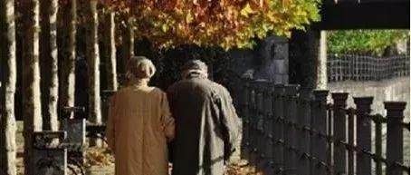 威宁人你有想过这个问题吗:当你老了,一生最后悔什么?不要成为遗憾!(全球统计前五项)