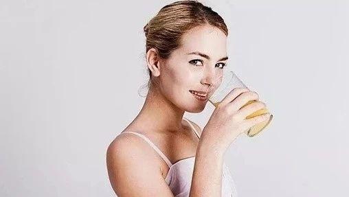 立秋后白开水加一物排出全身毒素,医生经常喝!(建议收藏)