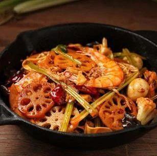 麻辣香锅别再出去吃了,在家20块钱做一大锅,全家说好吃!