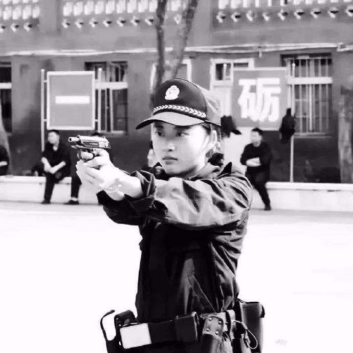 默哀!宜宾26岁年轻女警不幸去世,一路走好!