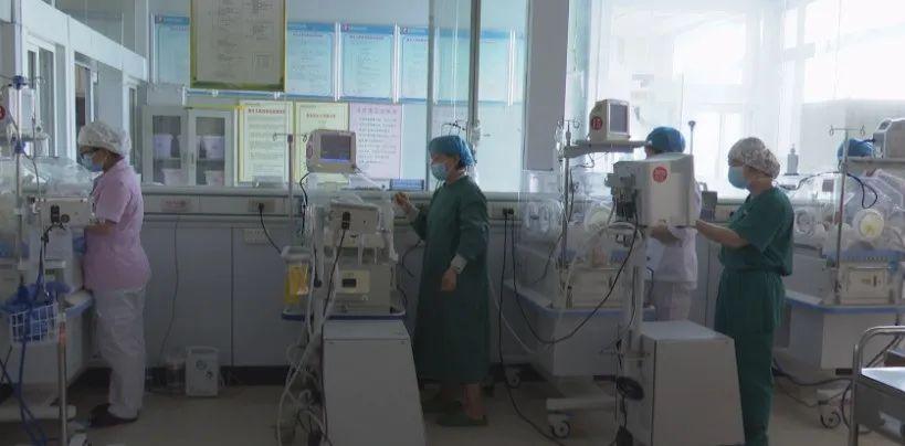 郸城一产妇诞下罕见四胞胎
