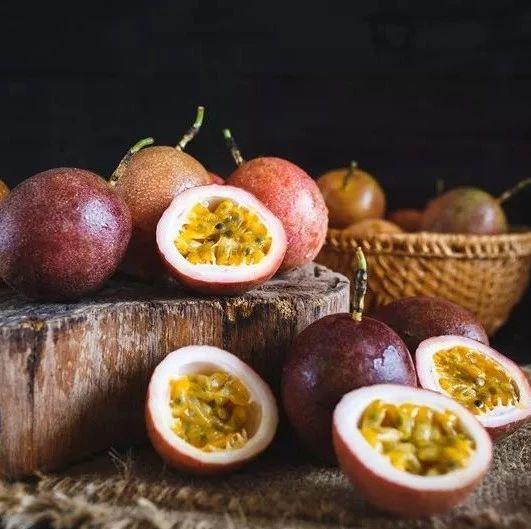 这种水果最适合秋冬吃!吃1个胜吃8个橙子,营养比鸡蛋还高!