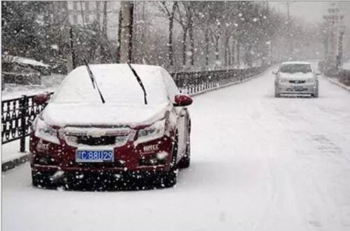 下雪开心5分钟,难过一整周!13车连撞、长途停班、航班延误……