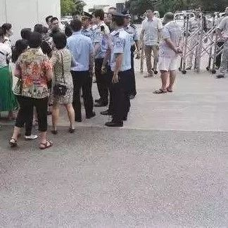 蓬溪某小区业主遭物业公司起诉,这样情况何时才能消停?!