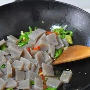 """它是""""吸脂大王"""",排毒养颜清肠胃,晚餐吃它,好吃又健康!"""