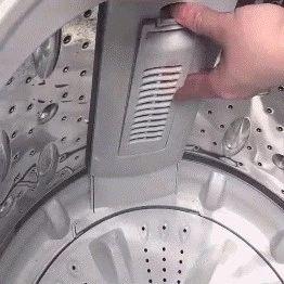 竟然才知道,洗衣�C藏著污垢�_�P!�y怪越洗越�K