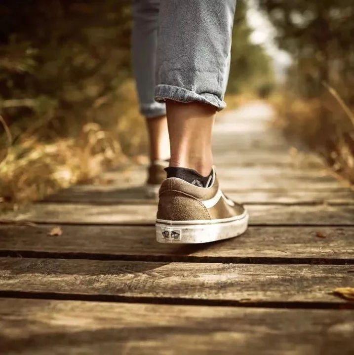 同样是走路,有的人越走越长寿,有的人却走出一身��!原因在这!