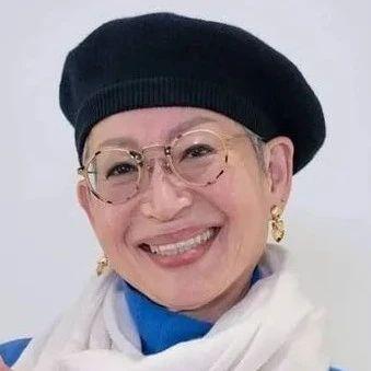 68岁韩国奶奶火了:与丈夫分居40年,每天睡地板,却让百万人直呼羡慕哭了