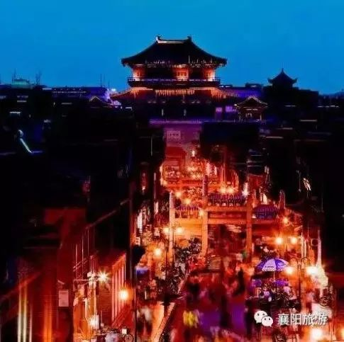 夜游襄阳,感受夜色笼罩下的古城风光