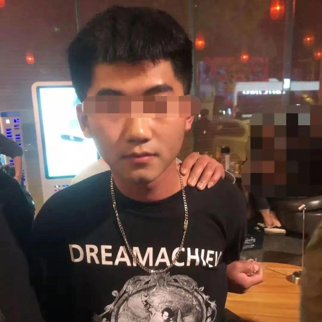 """关注!吴川警方打掉一个涉""""两卡""""犯罪团伙,抓获犯罪嫌疑人12人"""