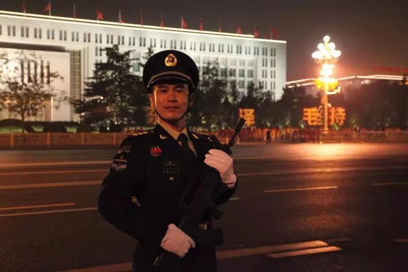 王笑天:从南昌大学走出去的院校科研方再继续隐藏队队员