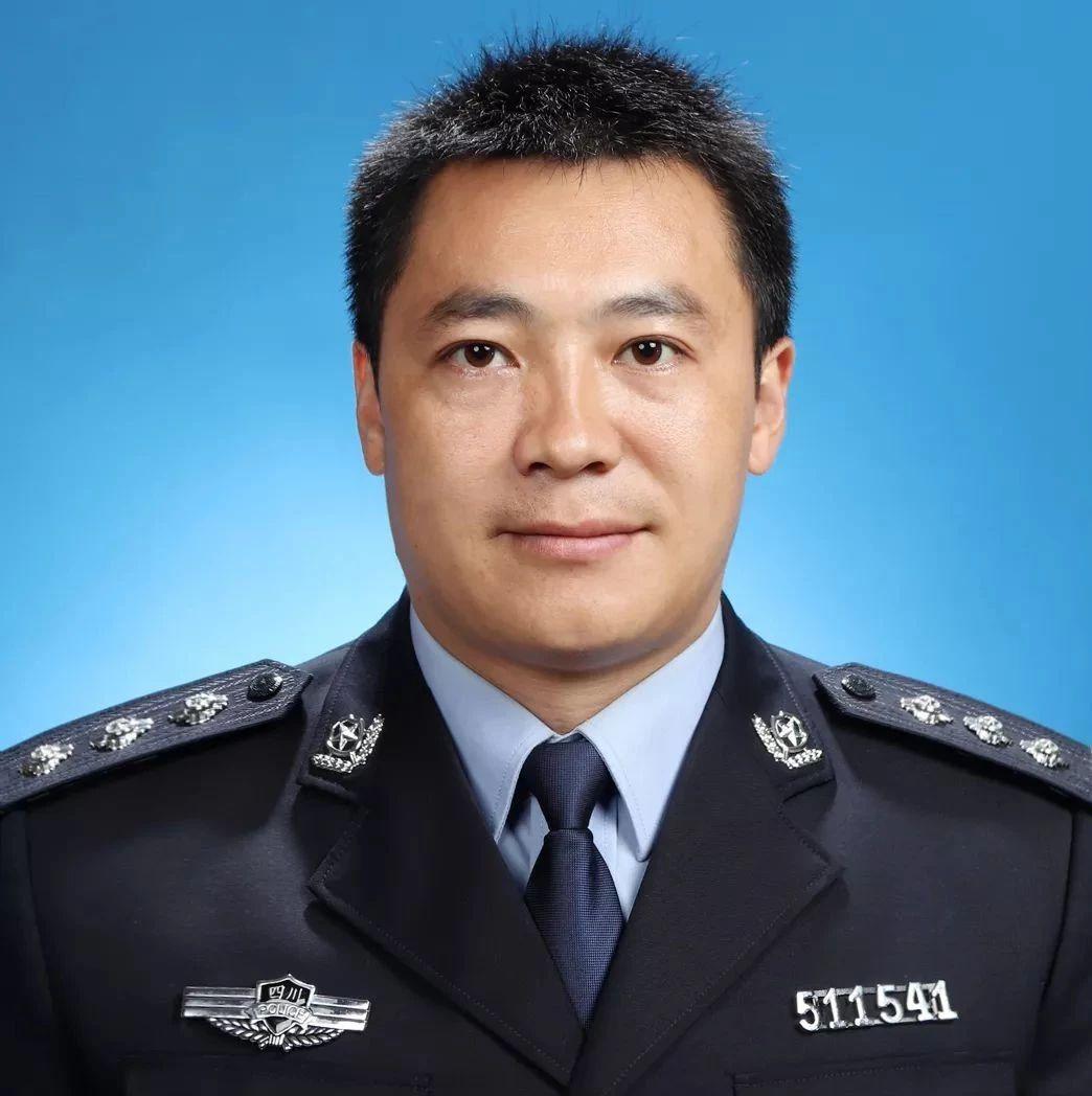 """筠连县检察院的""""铁榔头"""",不但办了很多案子,还获得了各种奖项!"""