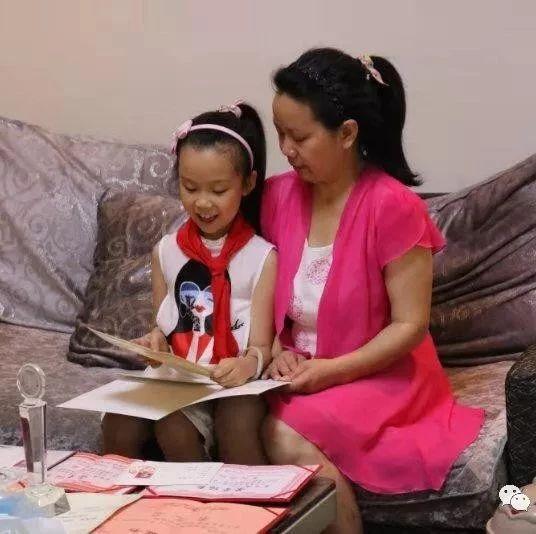 筠连10岁女孩被央视关注,她用独特方式唤醒失忆母亲!
