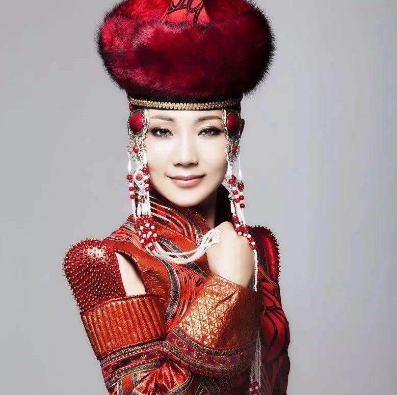 快来听!中国传奇女中音歌唱家倾情演唱筠连的新歌!!!