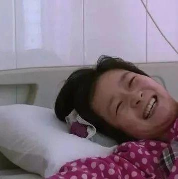 26岁产妇手术台不幸身亡,死因公布……每个女人都是在用命生孩子...