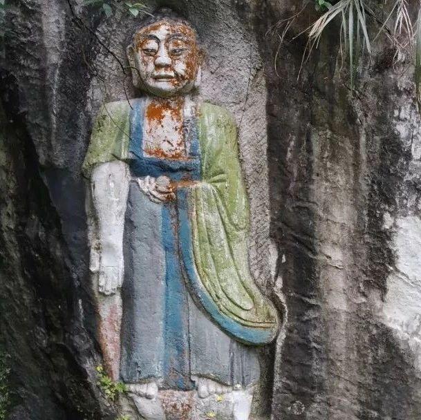 hg0088注册足球开户|首页双腾镇有个山洞,居然有清朝时期雕刻的佛像......