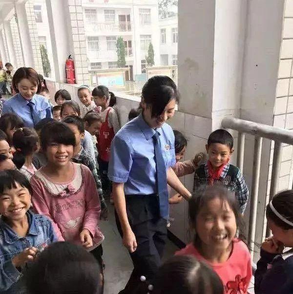 筠连县检察院希望大家捐赠些图书,主要是用来......