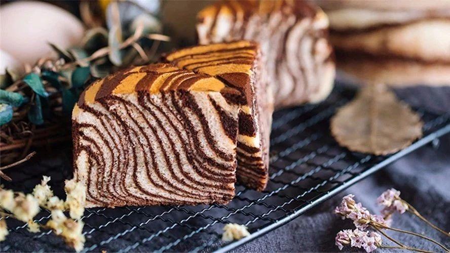斑马纹酸奶蛋糕,低脂低热量,口感清爽细腻,孩子最爱吃~